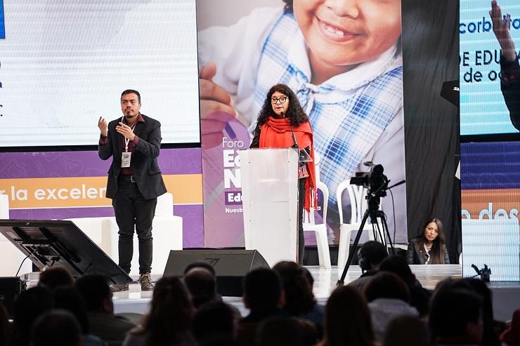 Desde estos espacios de reconocimiento se avanza en políticas de inclusión que permiten que cada día más niños y jóvenes de estas comunidades accedan a modelos educativos impulsados por los gobiernos.