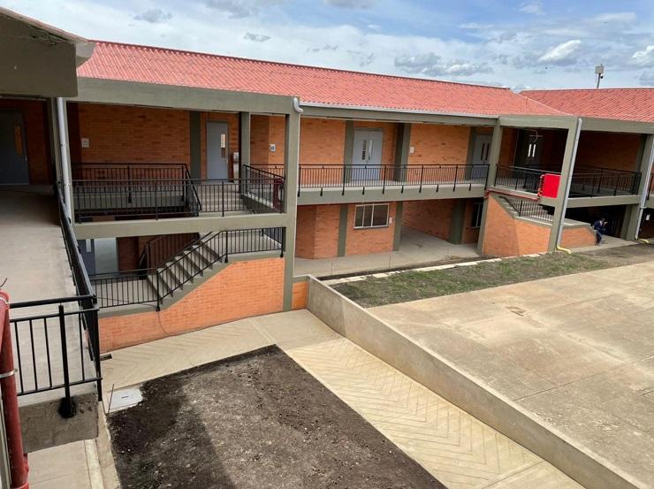 El Ministerio de Educación continúa llegando a las regiones del país para ejecutar el Plan Nacional de Infraestructura Educativa.